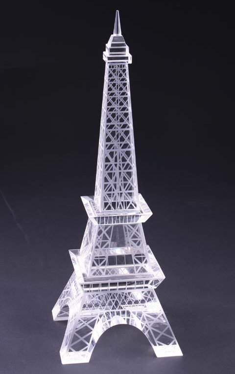 K9 Crystal Eiffel Tower