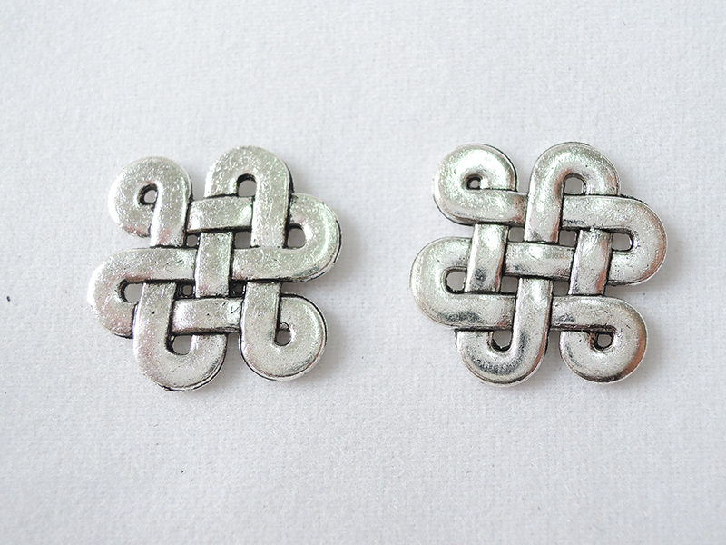 Alloy Part Celtic knot